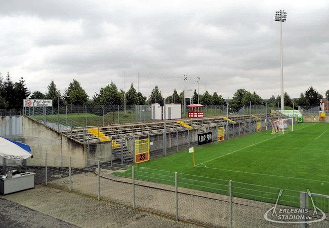 fortuna düsseldorf stadion adresse